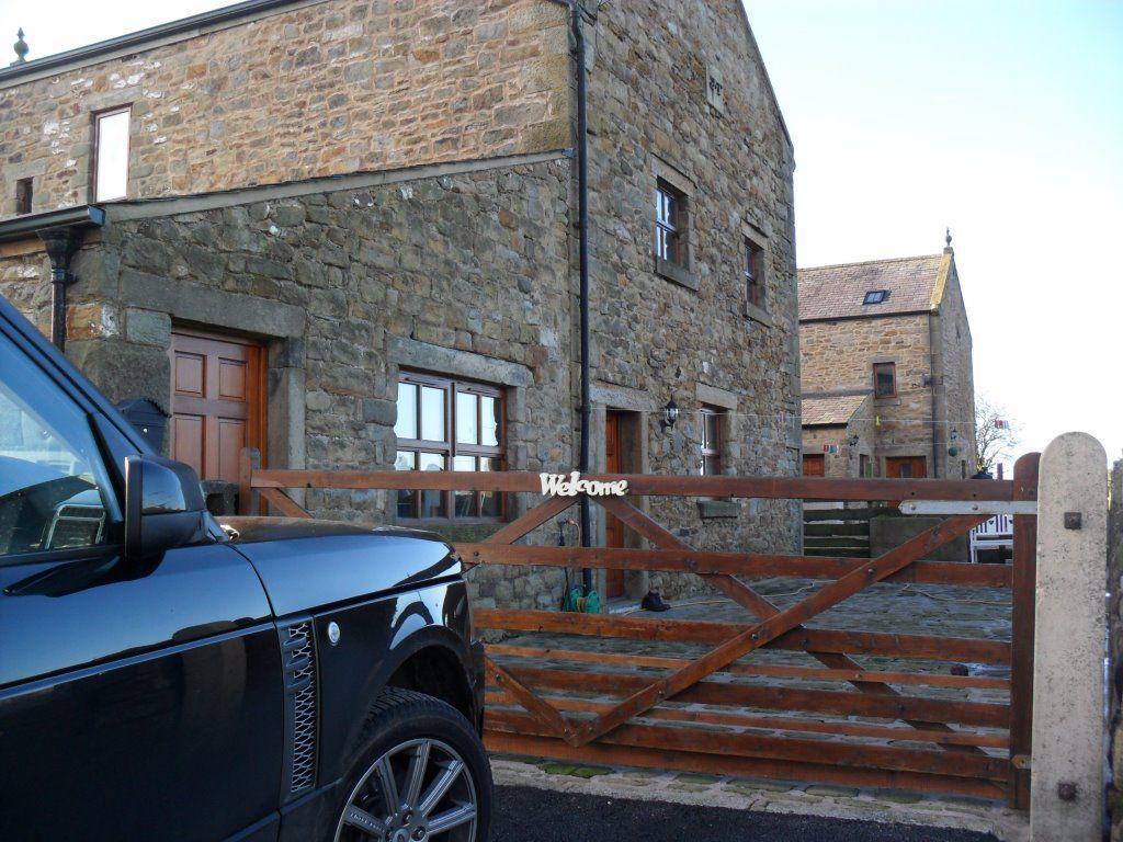 Fenton Barn Main